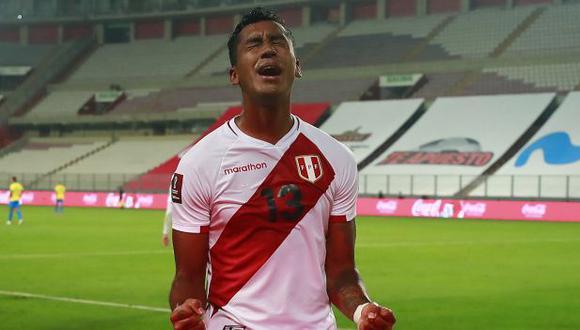 Renato Tapia es titular indiscutible en la selección peruana. (Foto: AFP)