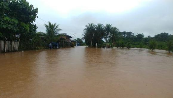 Luego de varias horas de intensas lluvias, se registraron deslizamientos y seguidamente los ríos Iscozacinn y Palcazú aumentaron su caudal desbordándose e inundando cientos de viviendas (Foto: Andina / difusión)