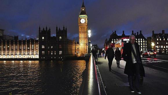 Gran Bretaña da primer paso en Congreso para romper con Unión Europea