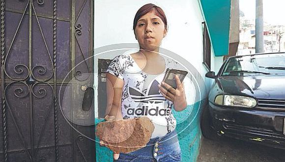 Ladrillazo cae a niña en el rostro durante pelea de vecinos