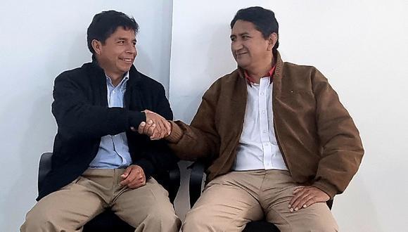 """Pedro Castillo y Vladimir Cerrón participarán del I Congreso Nacional en donde se expondrán las metas """"irrenunciables"""" de un eventual gobierno de Perú Libre. (Foto: Twitter Vladimir Cerrón)"""