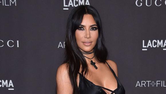 Kim Kardashian comparte foto que revela el verdadero cambio de ella y sus hermanos. (AFP)