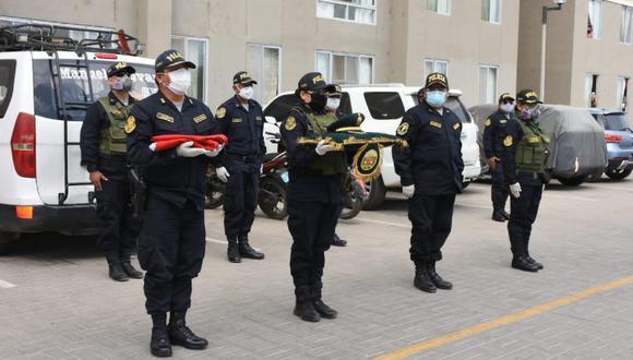 Lambayeque: Dos agentes policiales que prestaban servicios en la Unidad de Servicios Especiales (USE) y la comisaría de Pacora fallecen por COVID-19.