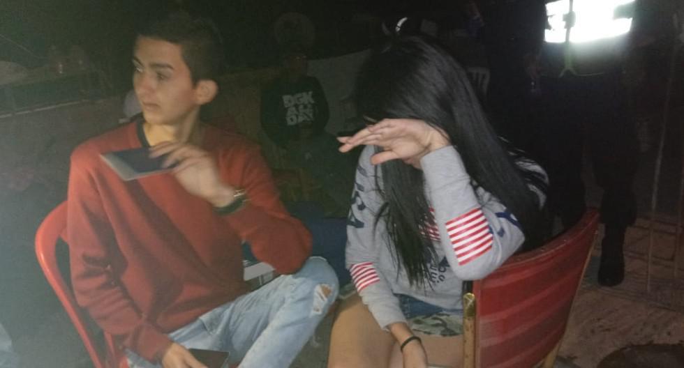 Arequipa: Jóvenes extranjeros y un peruano fueron sorprendidos en plena fiesta sin importarles toque de queda.