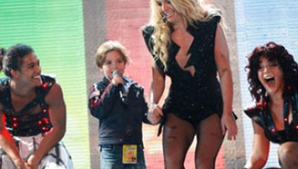Hijo de Britney Spears se integra su elenco de baile