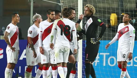 Perú perdió 4-2 ante Brasil en el Estadio Nacional. (Photo by Daniel APUY / POOL / AFP)