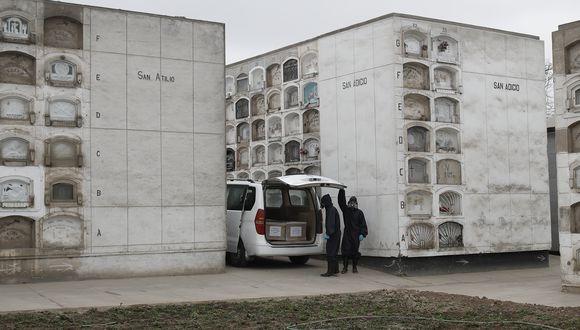 La cantidad de fallecidos por COVID-19 aumentó este viernes. (Foto: César Campos/Referencial-GEC)