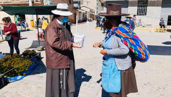 Cusco: el Monseñor Pedro Alberto Bustamante, de la Prelatura de Sicuani, fue el organizador de la campaña solidaria.