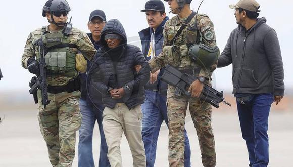 """Así fue el traslado del terrorista """"Julio Chapo"""" a Lima│VIDEO"""
