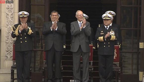 Pedro Pablo Kuczynski se hizo presente en el tradicional Cambio de Guardia (VIDEO)