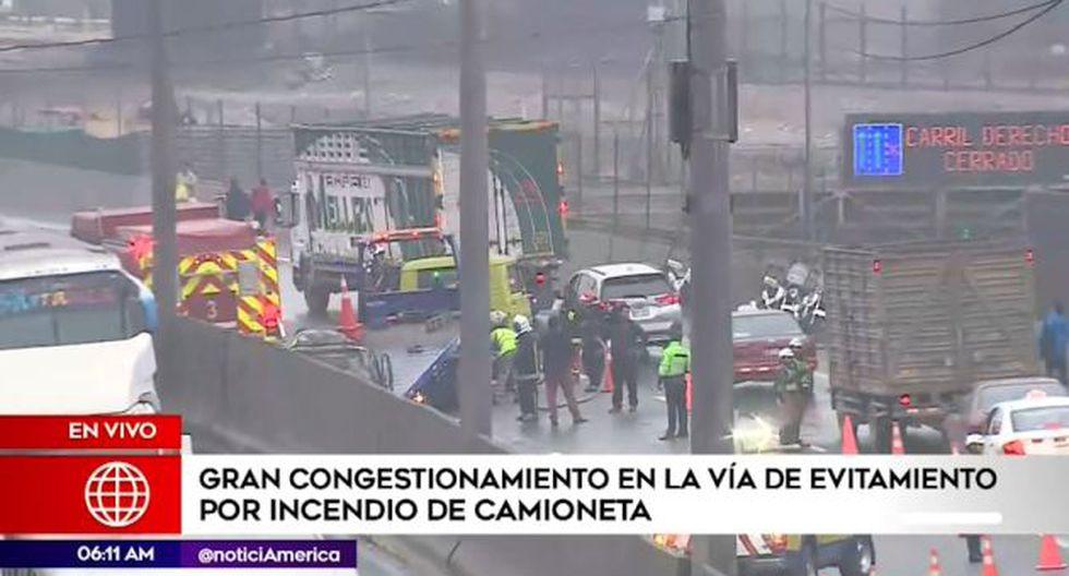El incidente que ya fue controlado sin reportar heridos. (Foto: Captura: América Noticias)