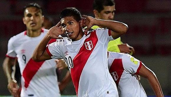 """Edison Flores: """"Paolo nos llevó al Mundial, tiene que jugarlo"""""""