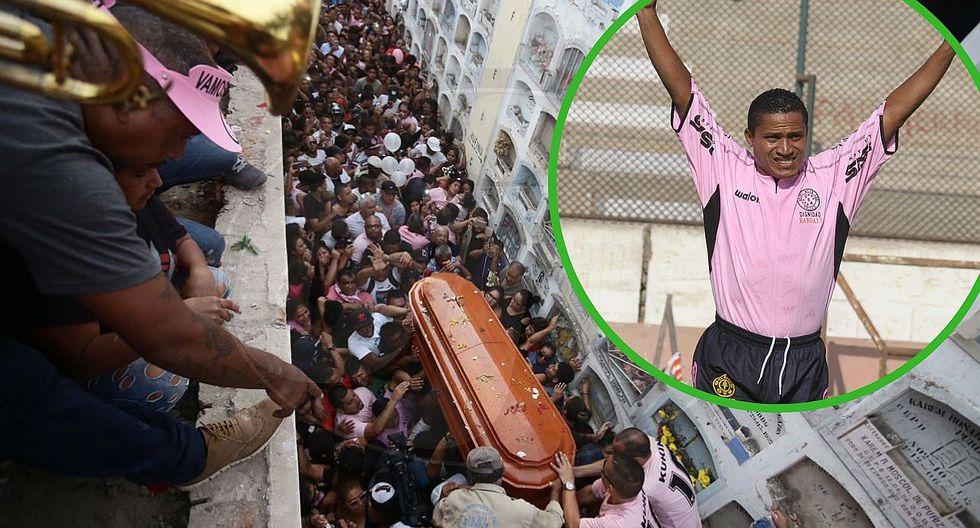 Adiós al 10 del pueblo: Así fue el entierro de 'Kukín' Flores en el Callao (FOTOS)