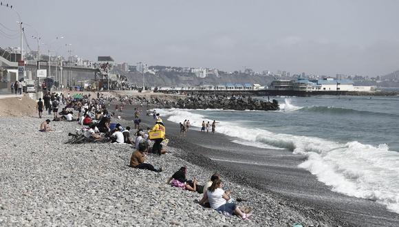El Ejecutivo aún no ha dispuesto una medida con relación al aforo de las playas de cara al verano del 2021. (Foto: GEC)