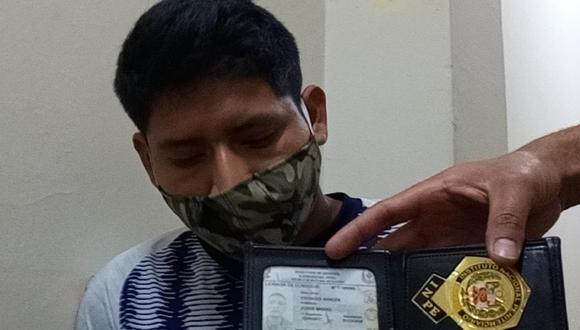 Cajamarca: Agentes del Escuadrón Verde de la PNP detuvieron al agente del INPE Jorge Miguel Espinoza Bances (22) con cerca de un kilo de marihuana. (Foto PNP)