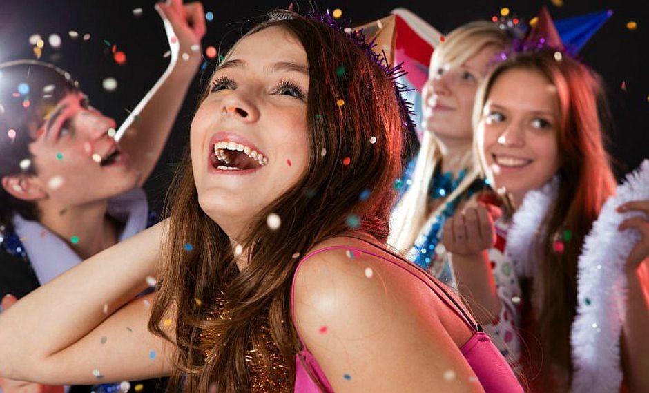 ¿Cómo lidiar con las salidas de fiestas de los adolescentes?