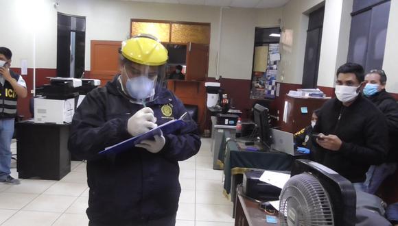 El fiscal Alarcón en una de las diligencias del caso que involucra a la plana mayor de la Dirección de Aviación Policial (Diravpol). (Foto: Ministerio Público)