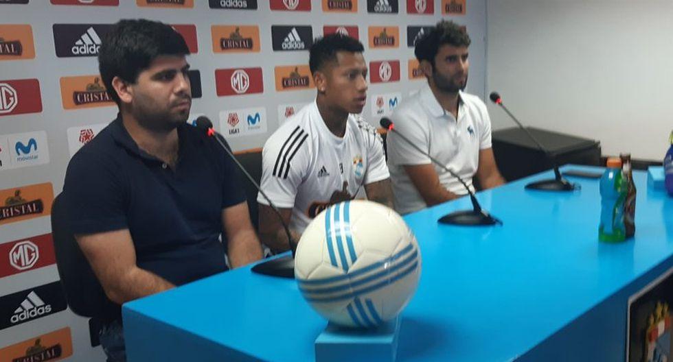 Ray Sandoval fue presentado como nuevo jugador de Sporting Cristal. (Foto: Sporting Cristal)