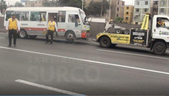 El vehículo registra 16 multas que suman más de 32 mil soles. Seis son de este año. (Foto: Municipalidad de Surco)