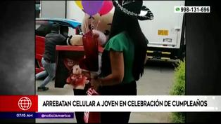 Ladrones arrebatan celular a joven en plena celebración de cumpleaños en San Juan de Lurigancho