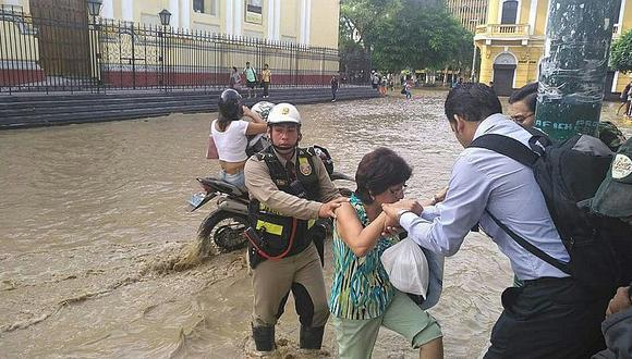 PNP de Piura en alerta máxima por terribles inundaciones (FOTOS)