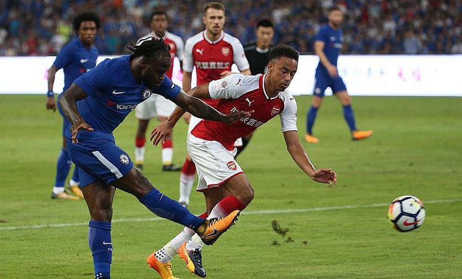 Chelsea, el campeón de la Premier League, golea por 3-0 al Arsenal