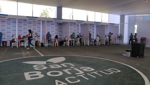La Municipalidad de San Borja precisó que en los próximos días se atenderá en el polideportivo Limatambo al resto de los integrantes comprendidos en esta primera fase. (Foto: Municipalidad de San Borja)