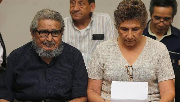 Abimael Guzmán y Elena Iparraguirre, cabecillas presos con cadena perpetua por liderar Sendero Luminoso. (Foto referencial: EFE)