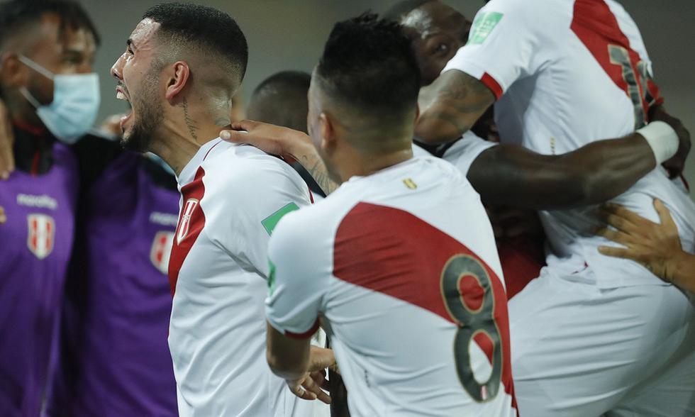 Conmebol incluyó a tres peruanos en el once ideal de la fecha 11 de Eliminatorias Qatar 2022. (Foto: FPF)