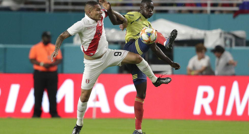 La selección peruana perdió ante Colombia y descendió dos puestos en el ranking FIFA. (Foto: Agencias)