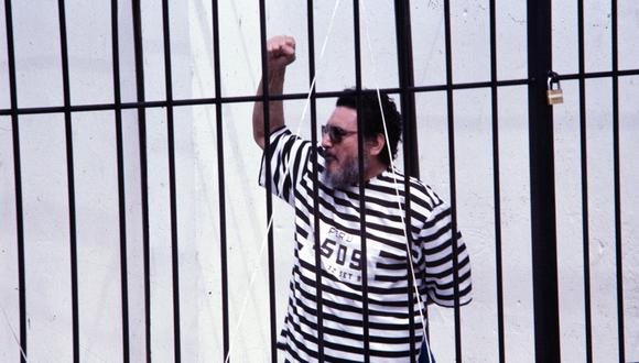 LIMA, 24 DE SETIEMBRE DE 1992PRESENTACION DE ABIMAEL GUZMAN REYNOSO, CABECILLA DEL MOVIMIENTO TERRORISTA SENDERO LUMINOSO. FOTO: EL COMERCIO