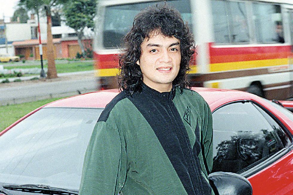 Jorge Luis Luren Benavides Gastello, nació en Lima el 9 de abril de 1967,  más conocido como Jorge Benavides y en su faceta artística sólo como JB.  De pequeño participó en el programa Hola Yola, luego se presentó como invitado en el programa Trampolín a la fama, para posteriormente unirse al elenco de Risas y Salsas. (Foto: GEC Archivo)