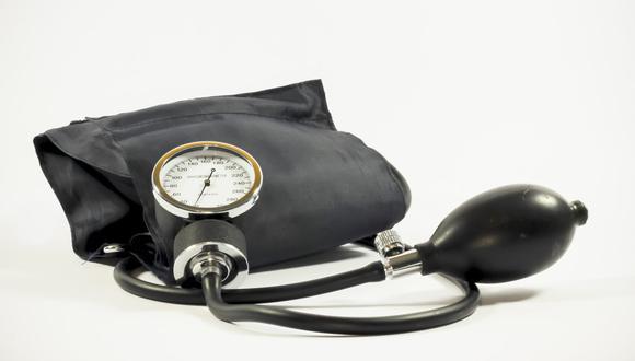 La hipertensión arterial constituye el principal factor de riesgo para el desarrollo de enfermedades cardiovasculares. (Foto: Ewa Urban  / Pixabay)