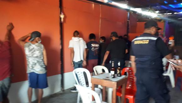 Piura: intervienen alrededor de 50 personas dentro de cantinas clandestinas en Talara (Foto: Municipalidad Provincial de Talara)