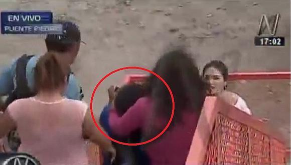 Puente Piedra: una niña recibe una piedra en la frente durante la protesta (VIDEO)