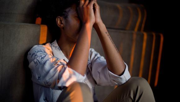 La especialista indica que en caso de conocer a alguien que esté atravesando una etapa de tristeza, angustia, desesperanza, el acompañamiento es fundamental. (Foto: Difusión)