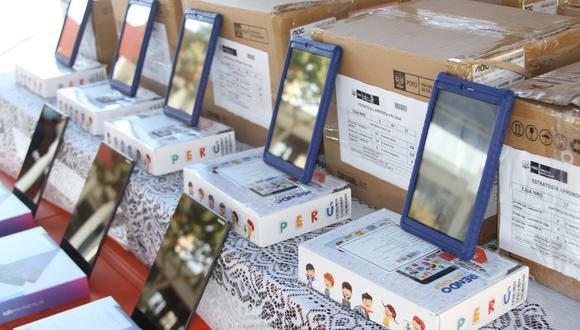 El Minedu indicó que más de un millón de alumnos no pueden acceder a las estrategias pedagógicas a distancia, debido a que carecen de televisión, radio o computadoras, por ello, se están distribuyendo tablets (Foto: Minedu)