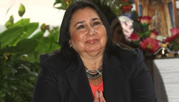 Ministra de la Mujer recibe respaldo del Consejo de Ministros