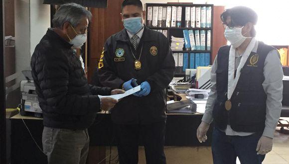 Arequipa. Policía Anticorrupción intervino oficinas del Gobierno Regional de Arequipa por presunta valoración de quipos médicos. (PNP)