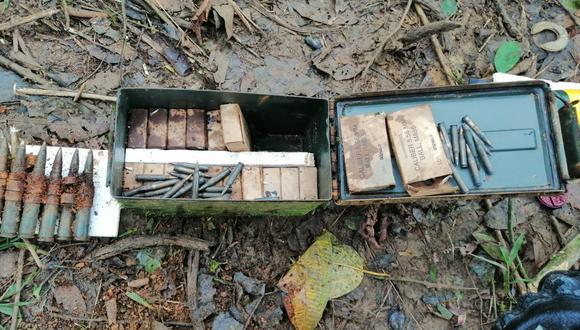 Parte del arsenal encontrado en el Alto Cenepa. (Foto: PNP)