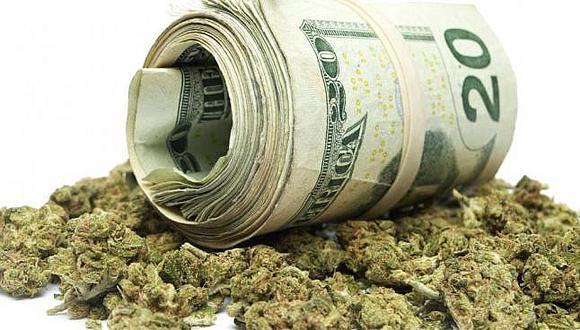 Autoridades recomiendan comprar marihuana en efectivo para evitar problemas