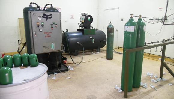 60 balones de oxígeno llegaron esta mañana a Iquitos. En los próximos días llegarán otro loto del elemento químico.