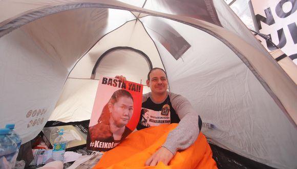 Mark Vito en huelga de hambre por Keiko Fujimori (Foto: Piero Vargas)