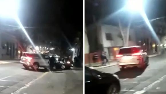 Mujer encuentra a esposo con otra mujer en un bar y le destroza su auto de alta gama | VÍDEO