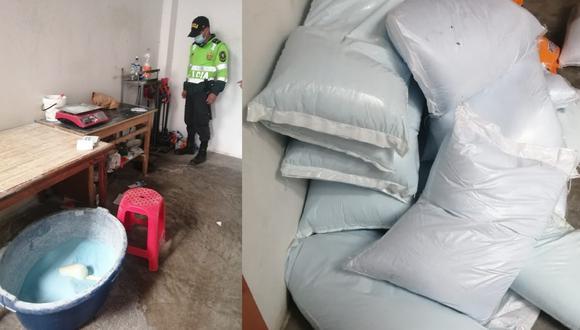La policía halló en el inmueble de los intervenidos detergente a granel en 15 sacos, de 15 kilos cada uno y sin marca.