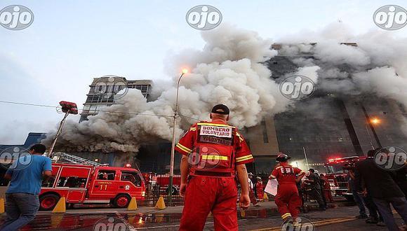 Cuartel de la FAP: Voraz incendio consume sus instalaciones en Jesús María [FOTOS]