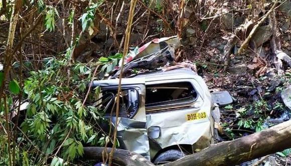 Cusco: Cinco personas mueren y un menor desaparece tras despiste de vehículo en quebrada (Foto: Andina)