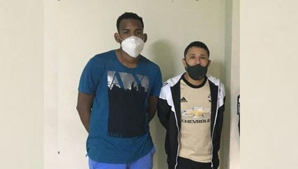 La policía informó que ambos intervenidos presentan antecedentes. (Difusión PNP)