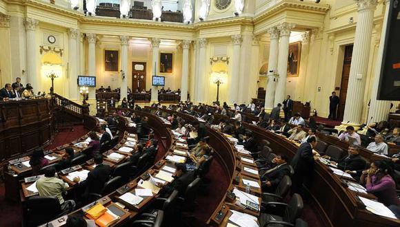 Congreso aprueba ley contra el transfugismo