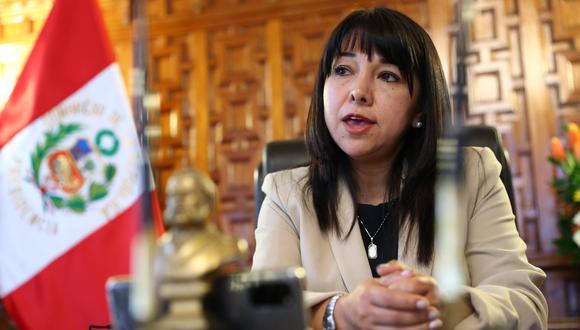 Mirtha Vásquez, presidenta del Congreso de la República, sostuvo que la ciudadanía desconfía de todos los funcionarios públicos. (Foto: Archivo de GEC)